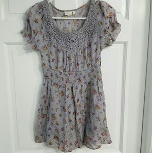 Mine Pastel Floral Gray Lace Blouse Size Small